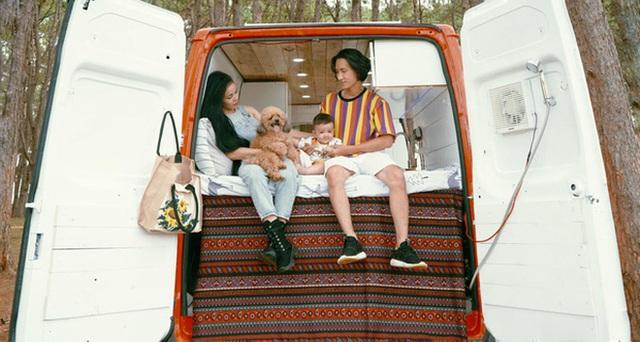 Trào lưu du lịch mobihome nở rộ ở Việt Nam, xuất hiện hàng loạt chiếc xe đẹp mê mẩn khiến hội ưa xê dịch không thể ngồi yên - Ảnh 6.