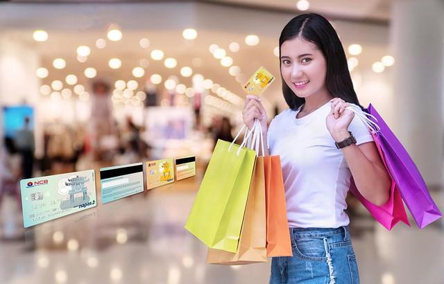 NCB ưu đãi khách hàng mở tài khoản số đẹp và mở thẻ, chuyển đổi thẻ chip - Ảnh 2.
