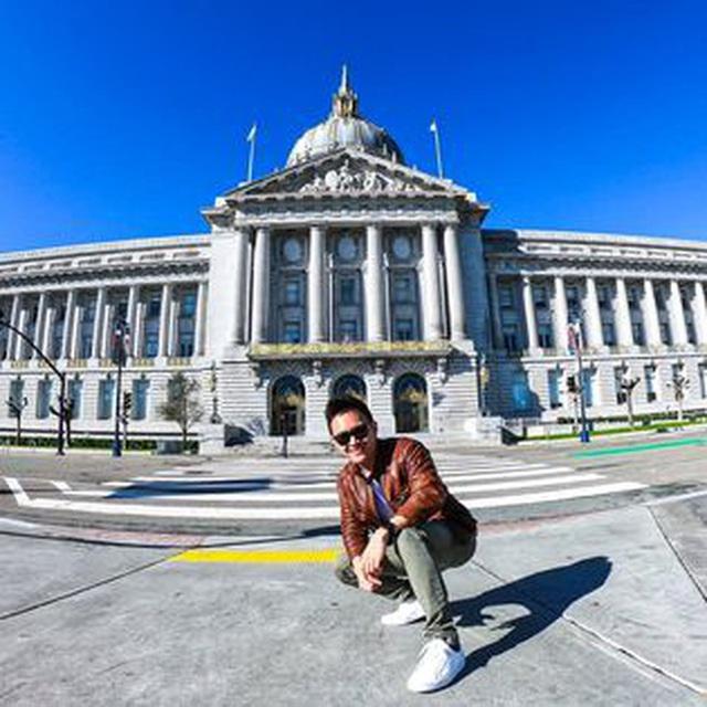 Con trai ruột NS Hoài Linh ở Mỹ: Soái ca độc thân làm việc cho American Airlines, bỏ 1,3 tỷ/năm mua vé máy bay du lịch - Ảnh 8.