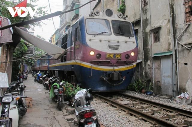 Đường sắt tụt hậu quá lâu và cần cuộc cách mạng để thay đổi - Ảnh 1.
