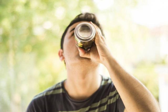 6 loại đồ uống cực kỳ ngon miệng, ai cũng thích vào mùa nóng nhưng làm tăng nguy cơ đau tim - Ảnh 2.