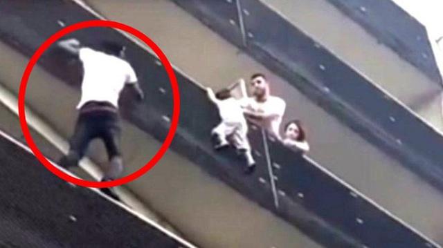 Người nhện tay không leo 4 tầng lầu cứu sống bé trai treo lơ lửng giữa không trung, sau gần 3 năm cuộc sống có ngã rẽ chẳng ngờ - Ảnh 2.