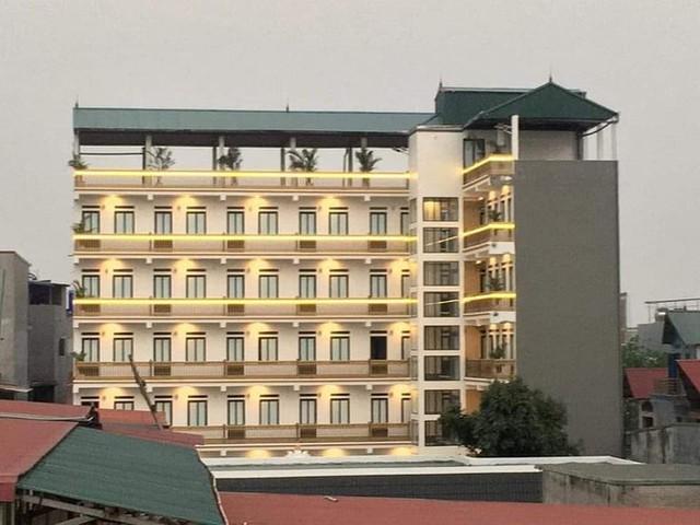 """Xuất hiện khu trọ """"đỉnh của chóp"""" tại Bắc Giang: Cổng dát vàng, thang máy, điều hoà đầy đủ - Ảnh 2."""