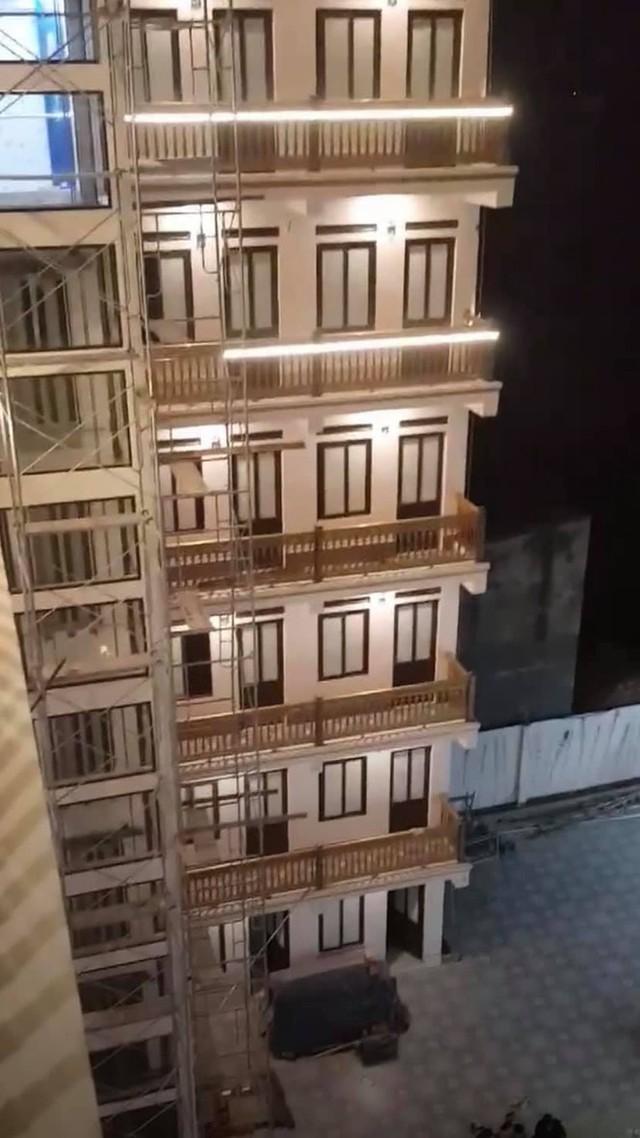 """Xuất hiện khu trọ """"đỉnh của chóp"""" tại Bắc Giang: Cổng dát vàng, thang máy, điều hoà đầy đủ - Ảnh 4."""