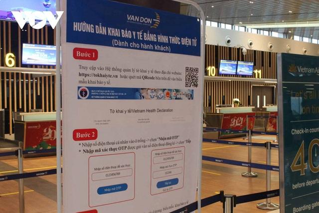 Bên trong nhà ga quốc tế Vân Đồn ngày đầu đón khách sau phong tỏa - Ảnh 8.