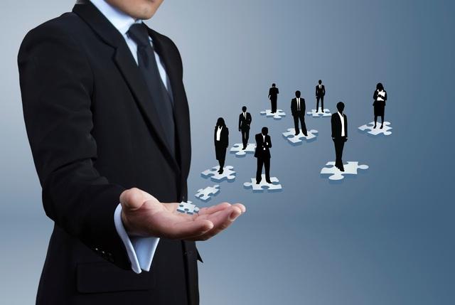 Nhiều doanh nghiệp thiếu chương trình đào tạo về ngoại ngữ, tin học và bán hàng cho nhân viên: Rào cản lớn nhất vẫn là ngân sách - Ảnh 1.