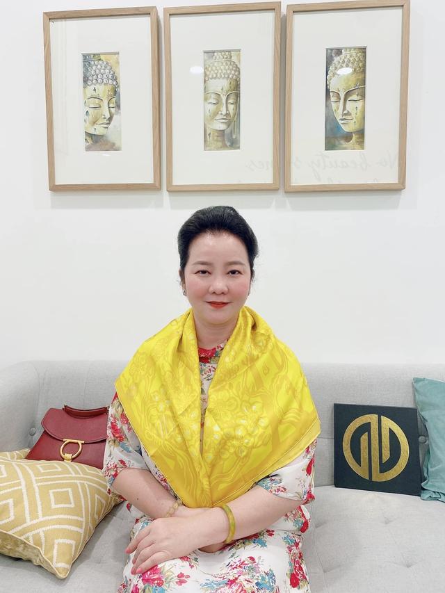 Đọ sắc những bà mẹ đại gia của hội rich kid: Bà trùm hàng hiệu Thủy Tiên sở hữu thần thái đỉnh cao, mẹ Phan Thành bí ẩn nhất Sài thành - Ảnh 13.