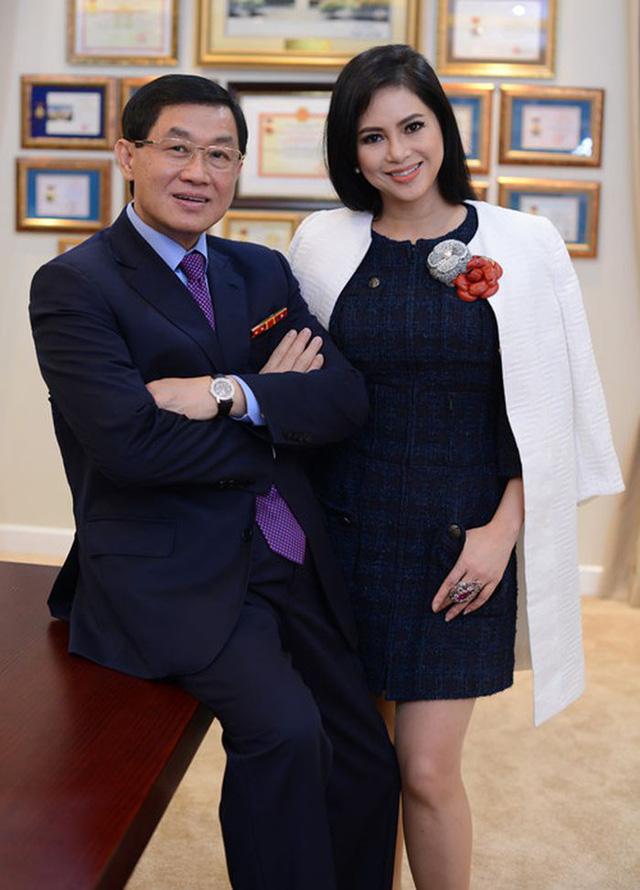 Đọ sắc những bà mẹ đại gia của hội rich kid: Bà trùm hàng hiệu Thủy Tiên sở hữu thần thái đỉnh cao, mẹ Phan Thành bí ẩn nhất Sài thành - Ảnh 15.