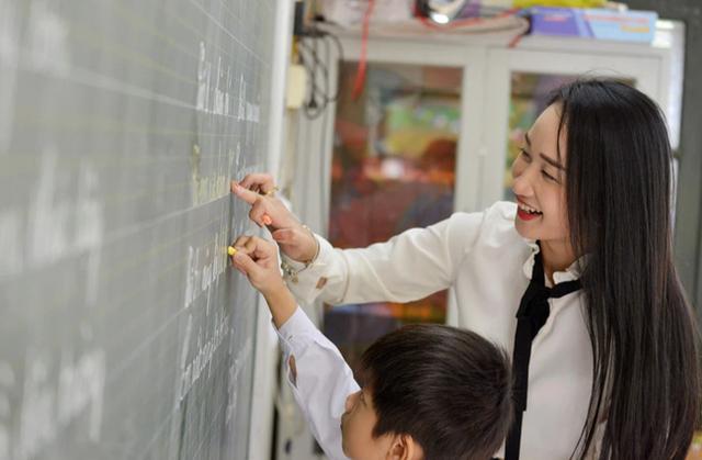 Biết chữ càng sớm, trẻ càng thông minh? Chuyên gia nổi tiếng chỉ ra 5 truyền thuyết về học chữ khiến nhiều cha mẹ giật mình - Ảnh 4.