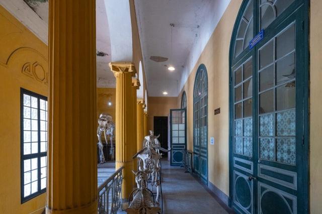 Hà Nội có 1 trường đại học danh giá: Muốn thi đỗ phải học cực trâu, kiến trúc thì đẹp thôi rồi, chẳng khác nào lâu đài cổ - Ảnh 8.