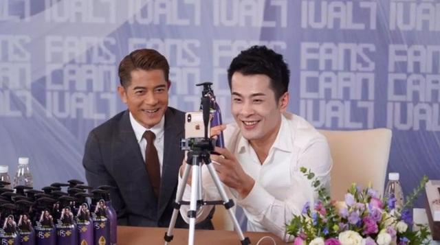 Livestream 12 tiếng bằng trung tâm thương mại bán cả năm, vua sale Trung Quốc Xinba là ai? - Ảnh 2.