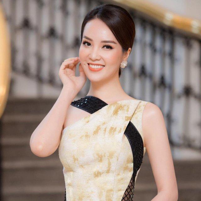 3 mỹ nhân Việt 25 tuổi nỗ lực không ngừng, để 10 năm sau xinh đẹp, giàu sang và hơn cả là một sự nghiệp thành công khiến ai cũng ngưỡng mộ - Ảnh 1.