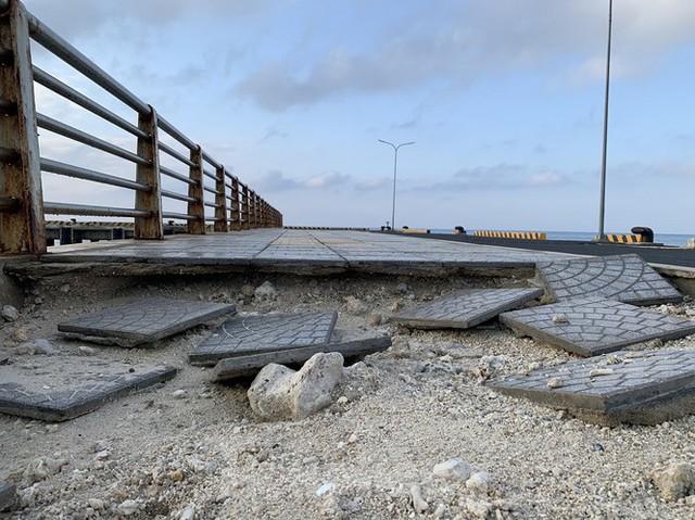 Công trình 250 tỷ chưa nghiệm thu đã thương tích đầy mình vì bão - Ảnh 5.
