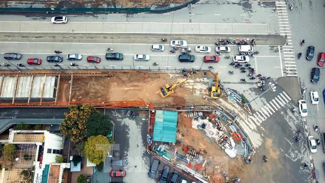 Tăng tốc thi công hầm chui đường bộ nút giao Lê Văn Lương - Khuất Duy Tiến - Ảnh 6.