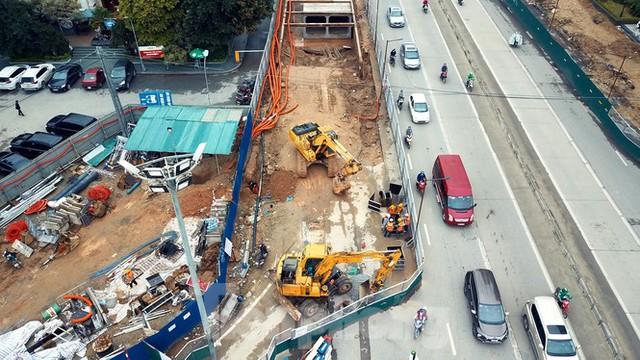 Tăng tốc thi công hầm chui đường bộ nút giao Lê Văn Lương - Khuất Duy Tiến - Ảnh 9.