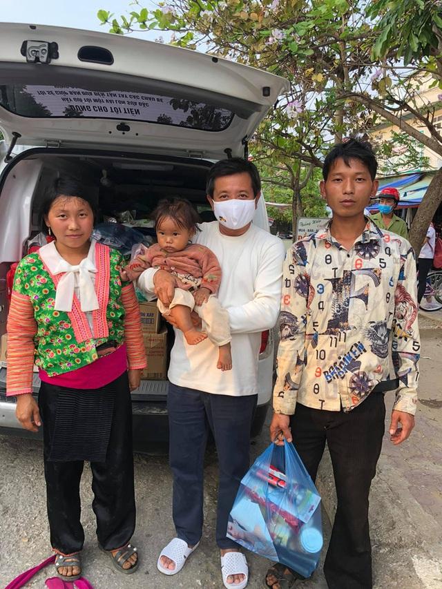 Ông Đoàn Ngọc Hải quyết định nóng, chia ngay 3 tỷ đồng cứu 120 bệnh nhân ung thư, góp quỹ chất độc da cam - Ảnh 1.