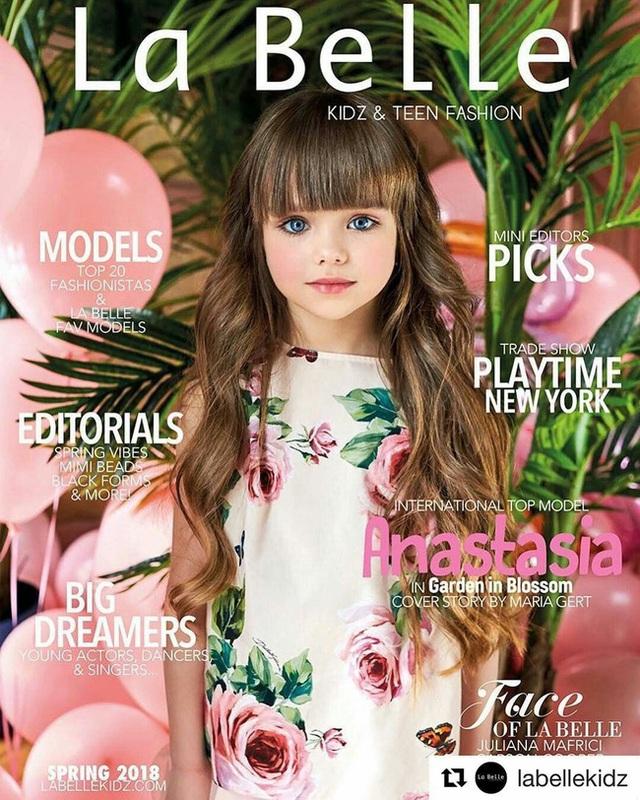 Cô bé người Nga được mệnh danh đẹp nhất thế giới 4 năm trước: Hiện tại vẫn gây sốt vì quá xinh đẹp, bất ngờ nhất là chuyện học hành - Ảnh 4.