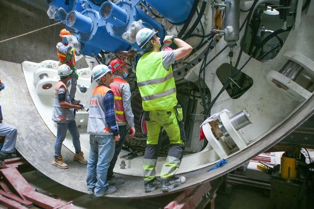 Tận mắt Robot sẵn sàng đào hầm tuyến đường sắt đô thị số 3, đoạn Nhổn - ga Hà Nội - Ảnh 3.