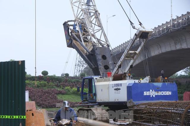 Cận cảnh đại công trường cầu Vĩnh Tuy 2 nghìn tỷ vượt sông Hồng - Ảnh 8.