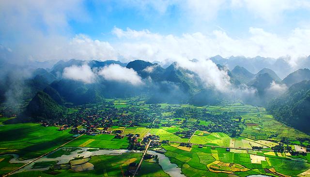 Bất động sản vùng ven Hà Nội hút dòng tiền đầu tư năm 2021 - Ảnh 2.