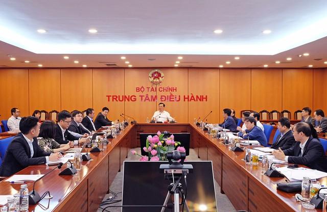 Bộ Tài chính bác đề xuất nâng lô cổ phiếu lên 1.000, nhận định áp dụng hệ thống giao dịch của HNX cho HOSE là hoàn toàn khả thi, chỉ mất từ 3 - 4 tháng triển khai - Ảnh 1.