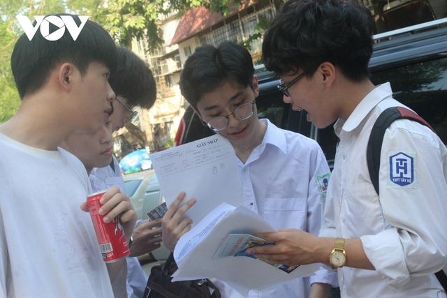 Đưa tiếng Hàn, tiếng Đức thành ngoại ngữ 1, học sinh có thêm nhiều lựa chọn?  - Ảnh 1.