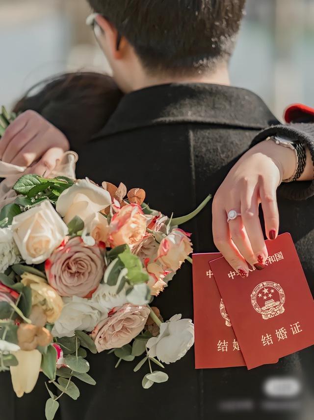 Trào lưu tự nguyện ế nhưng không phải vì thích thế của giới trẻ Trung Quốc: Trăm phương ngàn kế thúc đẩy hôn nhân mà vẫn đành ngậm ngùi bất lực - Ảnh 2.