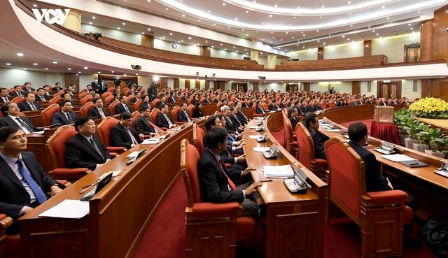 Ảnh: Toàn cảnh phiên bế mạc Hội nghị Trung ương 2, khóa XIII - Ảnh 2.