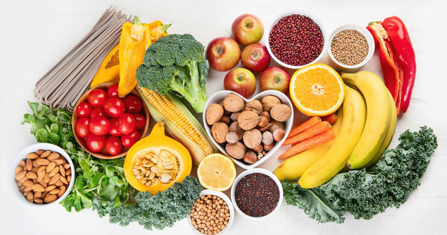 5 tín hiệu mà cơ thể muốn chúng ta biết khi bị thiếu chất trầm trọng: Nếu xuất hiện tình trạng sau, có thể bạn cần xem xét lại bữa ăn của mình - Ảnh 3.