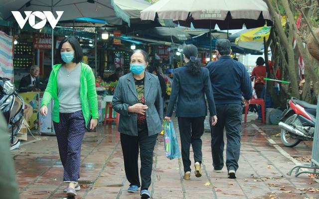 Chùa chiền ở Hà Nội được mở cửa trở lại và đảm bảo phòng chống dịch - Ảnh 18.
