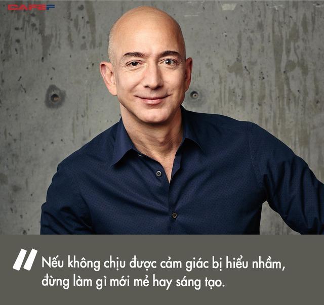 Để biến Amazon thành đế chế bán lẻ, tỷ phú Jeff Bezos cũng phải vận dụng không ít chiến thuật cân não: Đối thủ chẳng có gì đáng sợ, khách hàng mới là trên hết - Ảnh 4.
