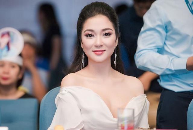 5 ngôi trường ĐH vừa danh giá hàng đầu vừa có nhiều hoa hậu, người đẹp nhất Việt Nam: Điểm đầu vào luôn ở top đầu, sinh viên ra trường thành đạt có tiếng - Ảnh 5.