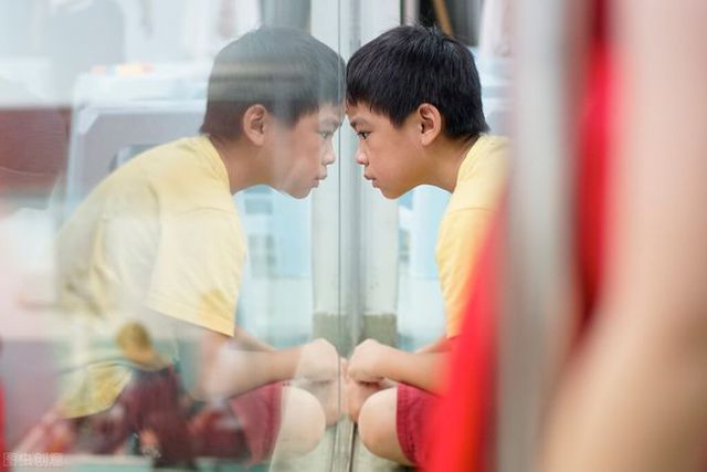 Hơn 530.000 trẻ em Trung Quốc bị dậy thì sớm: BS đưa ra 3 dấu hiệu nhận biết nhưng hầu hết bố mẹ đều chủ quan - Ảnh 1.