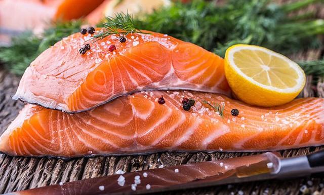 10 thực phẩm bổ vô địch về trí nhớ và 7 món não cá vàng nên tránh xa  - Ảnh 1.