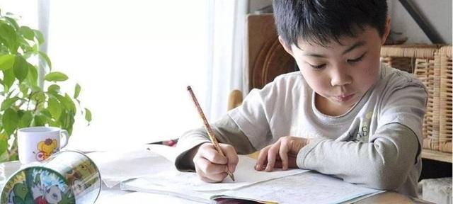 Đừng cuống cuồng bắt con học chữ, cô giáo Hà Nội cho biết đây mới là những điều trẻ cần học trước khi bước vào lớp 1 - Ảnh 3.