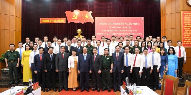 Chủ tịch nước Nguyễn Xuân Phúc làm việc với lãnh đạo Đà Nẵng, Quảng Nam  - Ảnh 1.