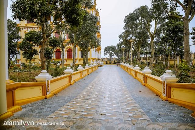 Đến thăm tòa lâu đài khủng nhất tỉnh Hưng Yên, vị đại gia nổi tiếng giản dị bật mí về giá trị thực sự của công trình làm nhiều người khó tưởng tượng - Ảnh 19.