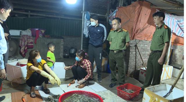 Chuyên gia Nguyễn Duy Thịnh: 10kg tôm có thể bị bơm tới 2kg tạp chất, cách để nhận biết tôm bẩn - Ảnh 3.