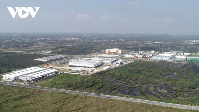 Vướng mắc về đất công nghiệp đang cản đường vốn đầu tư nước ngoài - Ảnh 2.