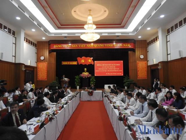 Chủ tịch nước Nguyễn Xuân Phúc: Đà Nẵng - Quảng Nam phải là đầu tàu tăng trưởng miền Trung - Ảnh 2.