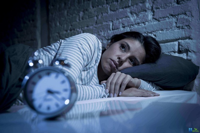 Chất lượng giấc ngủ ảnh hưởng nghiêm trọng đến nguy cơ trầm cảm như thế nào? - Ảnh 2.