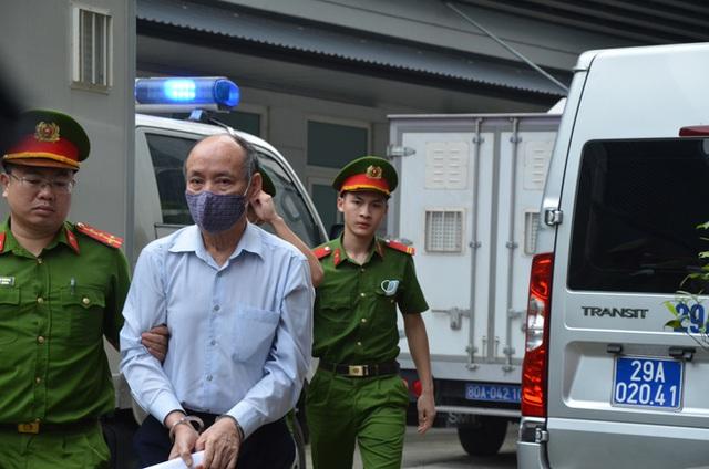 Dàn cựu lãnh đạo thép Việt Nam tuổi U70 hầu tòa cùng đồng phạm vì làm thất thoát 830 tỷ tại Tisco - Ảnh 1.