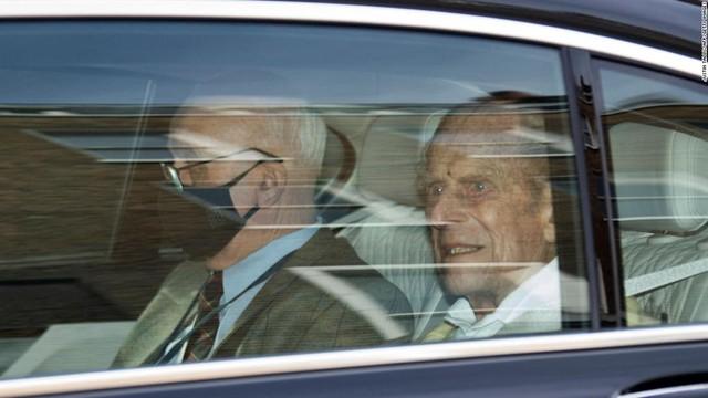 3 di nguyện cuối cùng trước khi ra đi của Hoàng thân Philip: Điều đầu tiên liên quan trực tiếp đến Nữ hoàng - Ảnh 2.