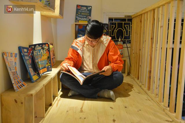 Người đàn ông đi hơn 50 quốc gia, mở thư viện sách miễn phí ở Hà Nội: Nhìn các con thích đọc sách hơn cầm điện thoại là vui rồi - Ảnh 9.
