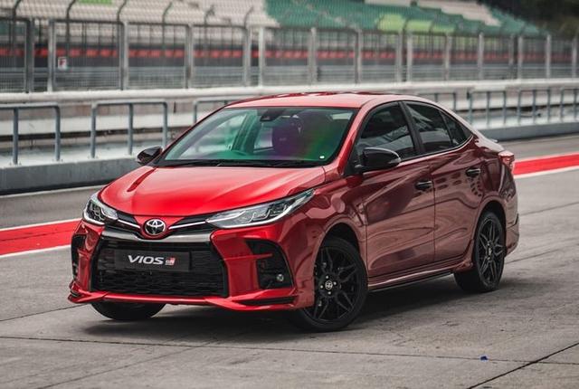 Top 10 xe bán chạy nhất tháng 3 tại Việt Nam: Ngôi vương bất ngờ - Ảnh 3.