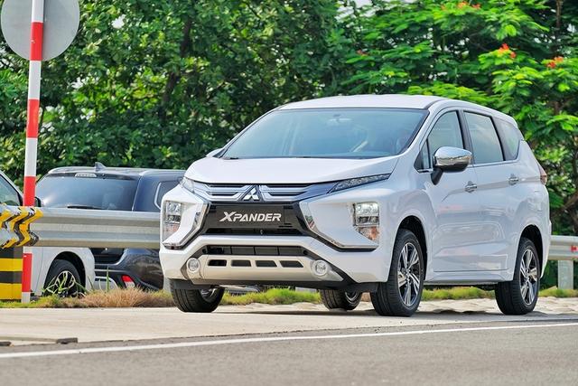 Top 10 xe bán chạy nhất tháng 3 tại Việt Nam: Ngôi vương bất ngờ - Ảnh 9.