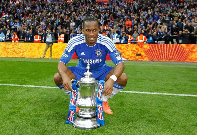 Điều gì đã giúp Didier Drogba từ chân gỗ đến huyền thoại Chelsea? Bí quyết đặc biệt mà ai cũng có thể áp dụng cho sự nghiệp của mình - Ảnh 1.