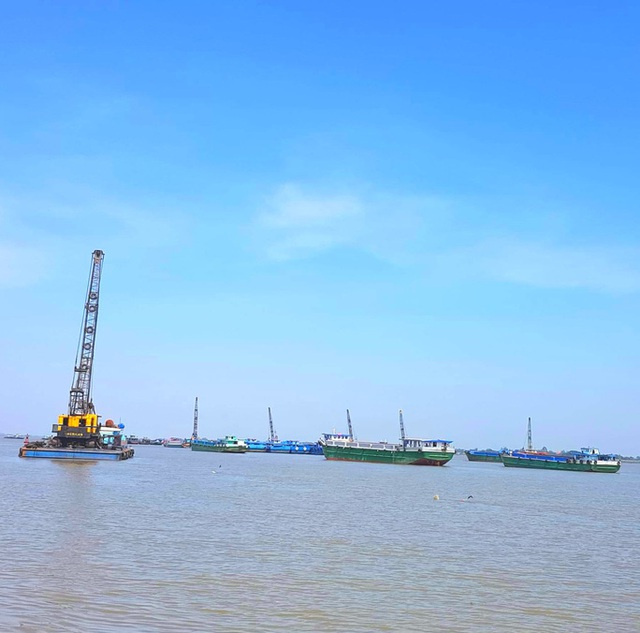 Công ty trúng thầu dự án khai thác mỏ cát hơn 2.800 tỉ đồng chỉ có 2 nhân sự?  - Ảnh 1.