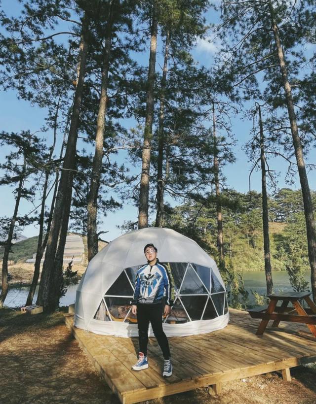 Một năm bùng nổ của Camping - cắm trại, dù không ở resort sang chảnh, không chăn ấm nệm êm nhưng các gia đình đến hội ngôi sao đều check in ầm ầm với hàng loạt chỗ quá lạ! - Ảnh 7.