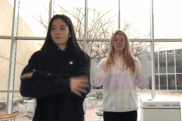 Cháu gái gia tộc Samsung lộ diện đã lập tức gây bão MXH với diện mạo thanh thuần nhưng chiếm trọn spotlight lại là bộ quần áo của tiểu thư 17 tuổi - Ảnh 18.